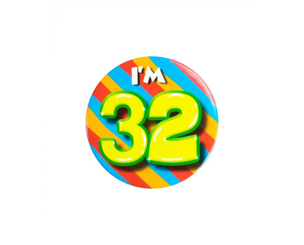 Button 32 jaar